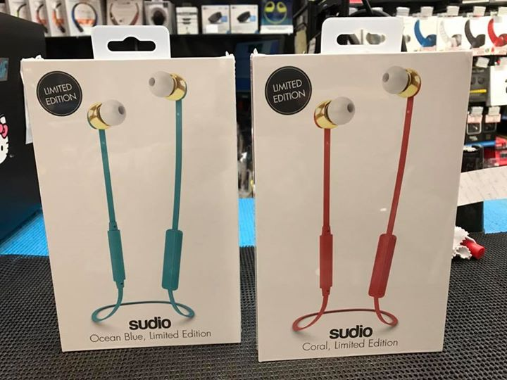 e5668063b7c [XGEAR] Sudio wireless earphone in XGear!Limited edition color!Good fitting  with tangle free cable :)