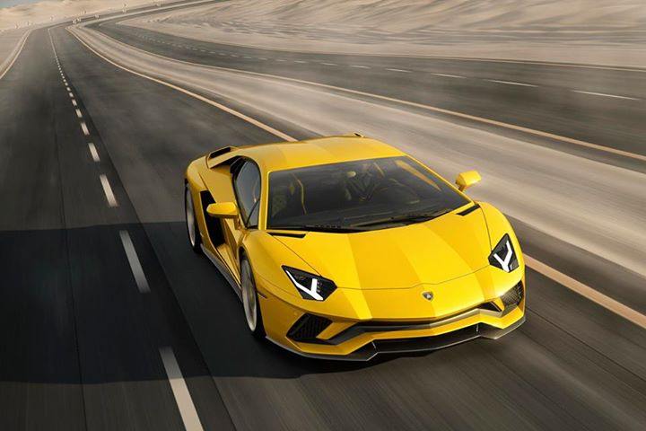 Lamborghini An Icon Cannot Be Reinvented It Can Only Be Challenged